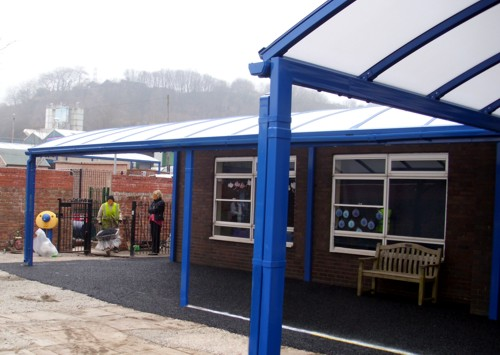 Devoke Free Standing Canopy Installed At Springhead School In Scarborough North Yorkshire