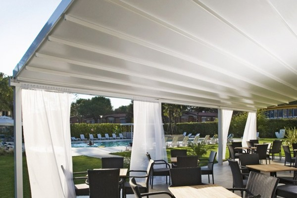 The Marlow Retractable Canopy