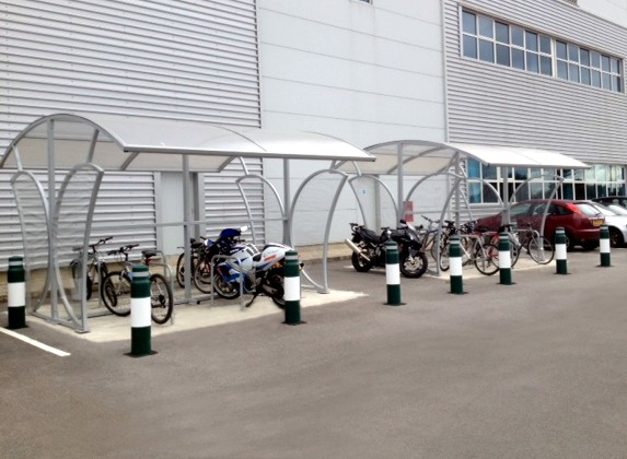 thames-valley-harrods-thatcham-berkshire-double-witton-cycle-shelter 02