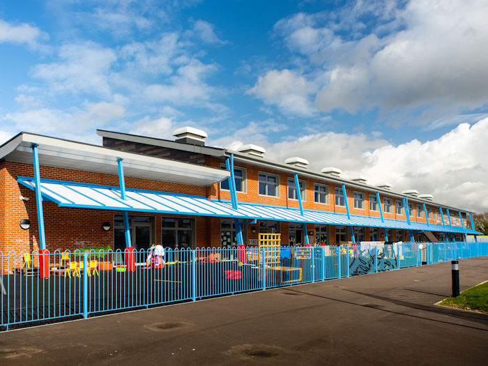 Hailsham Primary School, East Sussex Wall Mounted Canopies