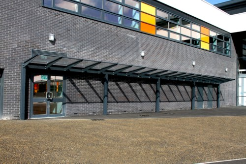 Thomas Ferens Academy - Kensington Mono Pitch Free Standing Canopy