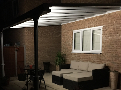 The Simplicity 6 carport and veranda with Integrated LED Lighting