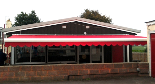 Commercial Awnings for Schools Pubs and Cafeu0027s  sc 1 st  Able Canopies & Commercial Awnings u0026 School Awnings | Canopies | UK Canopy Experts |