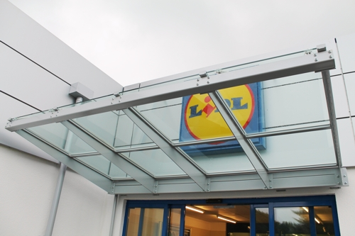 Retail Entrance Canopy installed at Lidl Supermarket in Hampshire