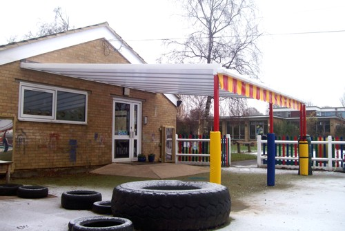 St Nicholas First School Oxford Wall Mounted Canopy
