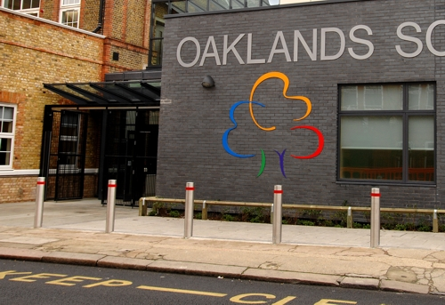 Oakland S Secondary School Bethnal Green Glass Entrance