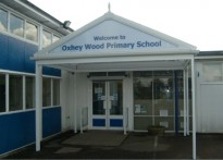 Oxhey Wood Primary School - Free Standing Entrance Canopy